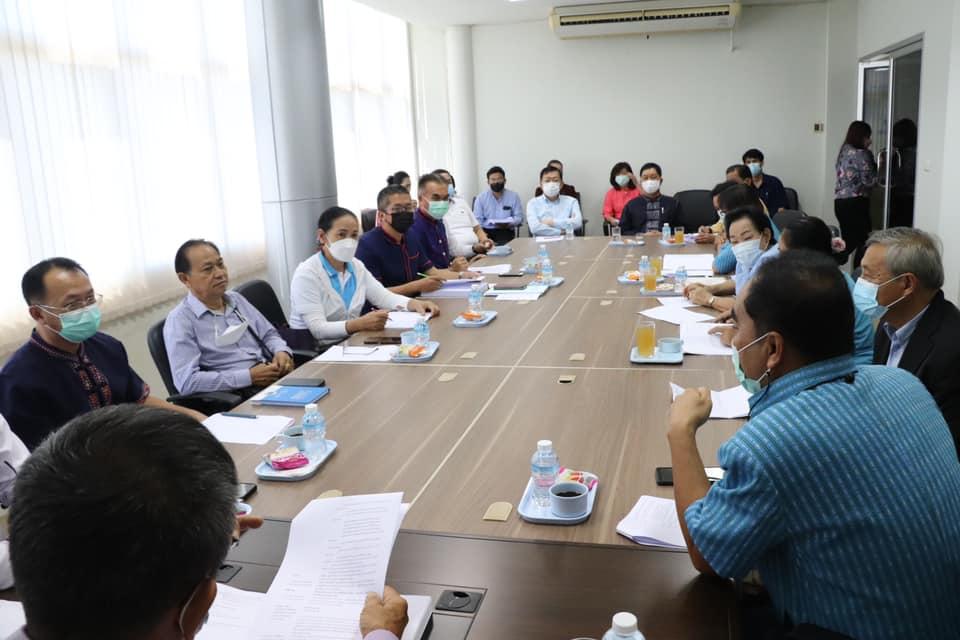 ประชุมคณะกรรมการสามัญประจำสภาเทศบาลเมืองนครพนม